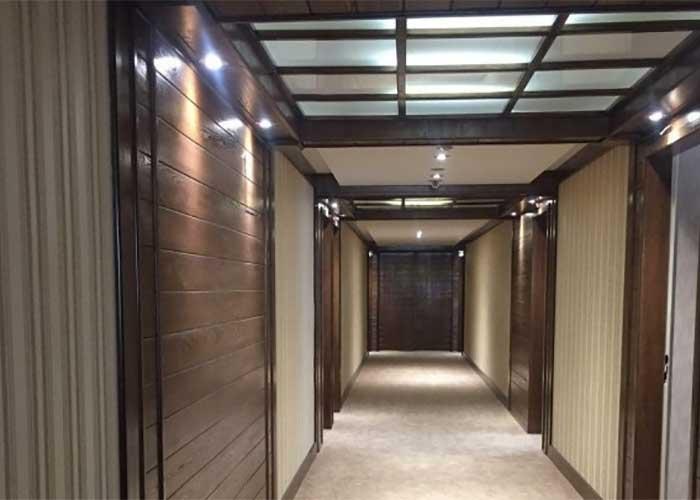 راهرو هتل زنبق یزد