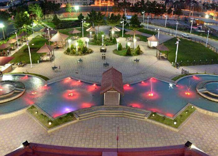 فضای سبز هتل زنبق یزد