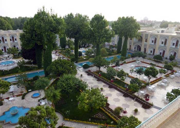 باغ هتل عباسی اصفهان