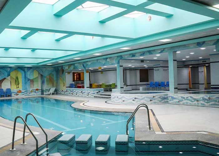 استخر هتل عباسی اصفهان
