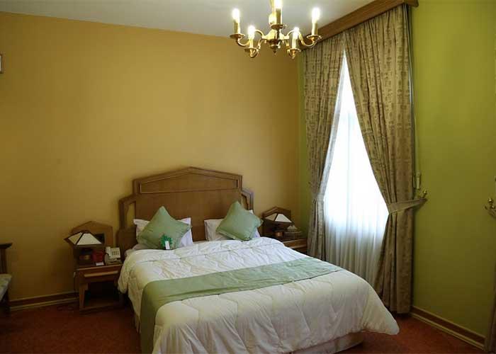 اتاق چشم انداز هتل عباسی اصفهان