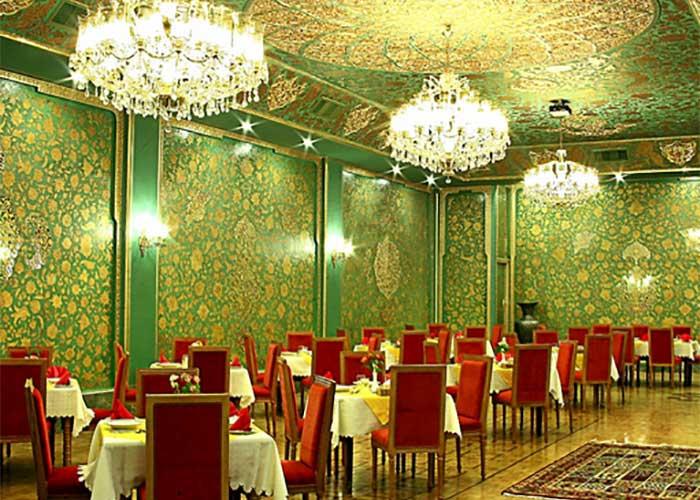 تالار زرین هتل عباسی اصفهان