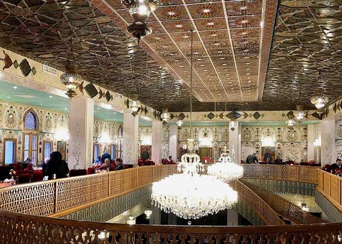 رستوران چهل ستون هتل عباسی اصفهان