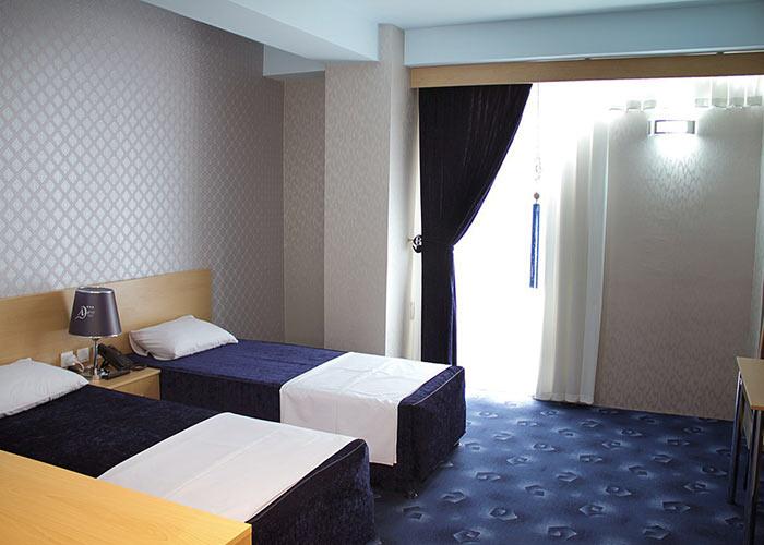 اتاق دو تخته توئین هتل اهراب تبریز