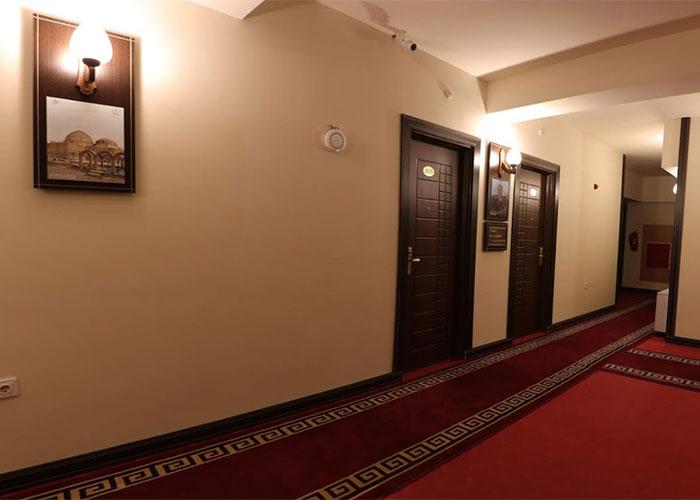 راهرو طبقات هتل اهراب تبریز