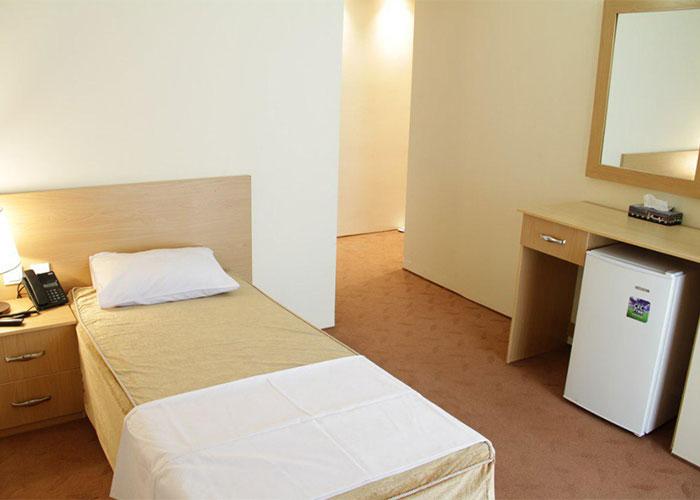 اتاق یک تخته هتل اهراب تبریز