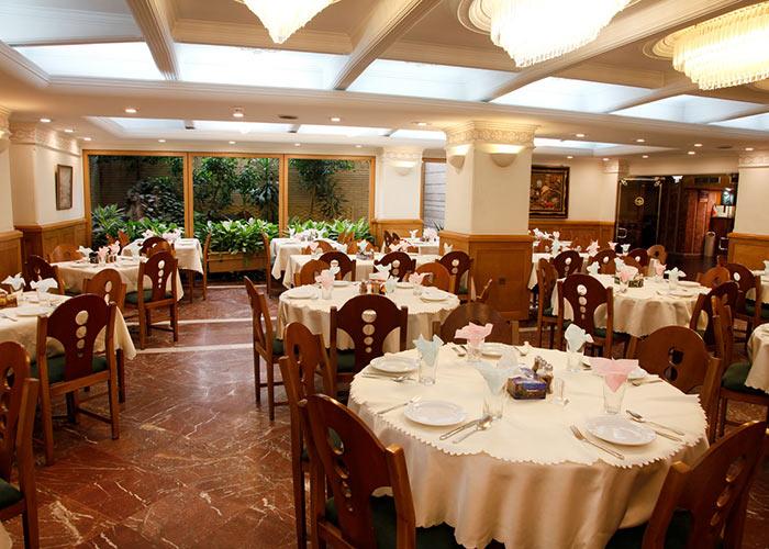 رستوران هتل البرز تهران