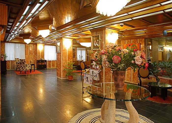 لابی هتل البرز تهران