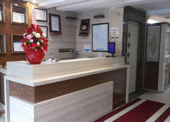 پذیرش هتل آپارتمان علیزاده مشهد