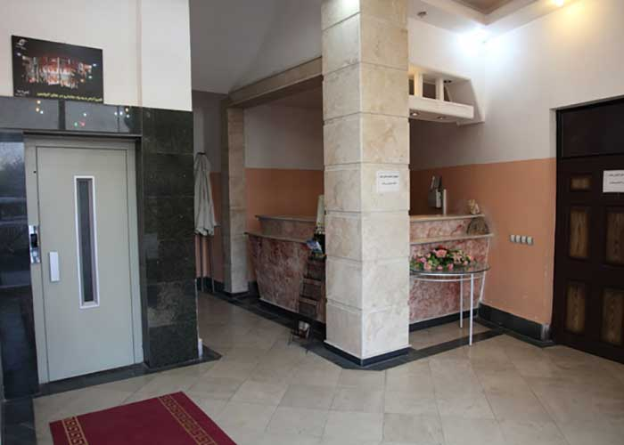 فضای لابی هتل الیانس مراغه