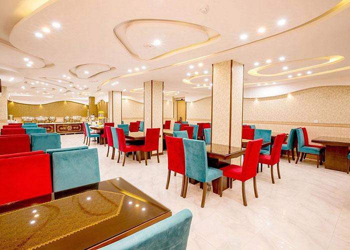 رستوران هتل الزهرا یزد