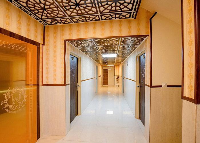 راهرو هتل الزهرا یزد