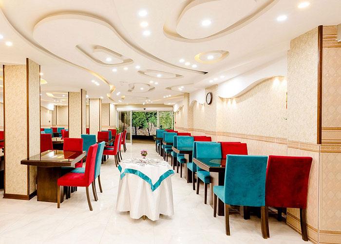 عکس رستوران هتل الزهرا یزد