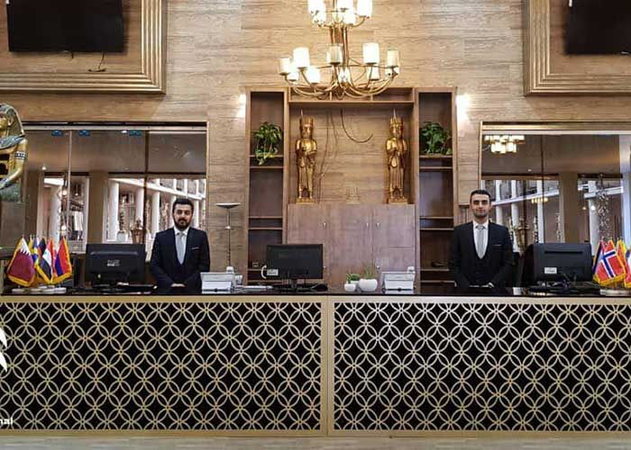 پذیرش هتل کاخ امیران چالوس