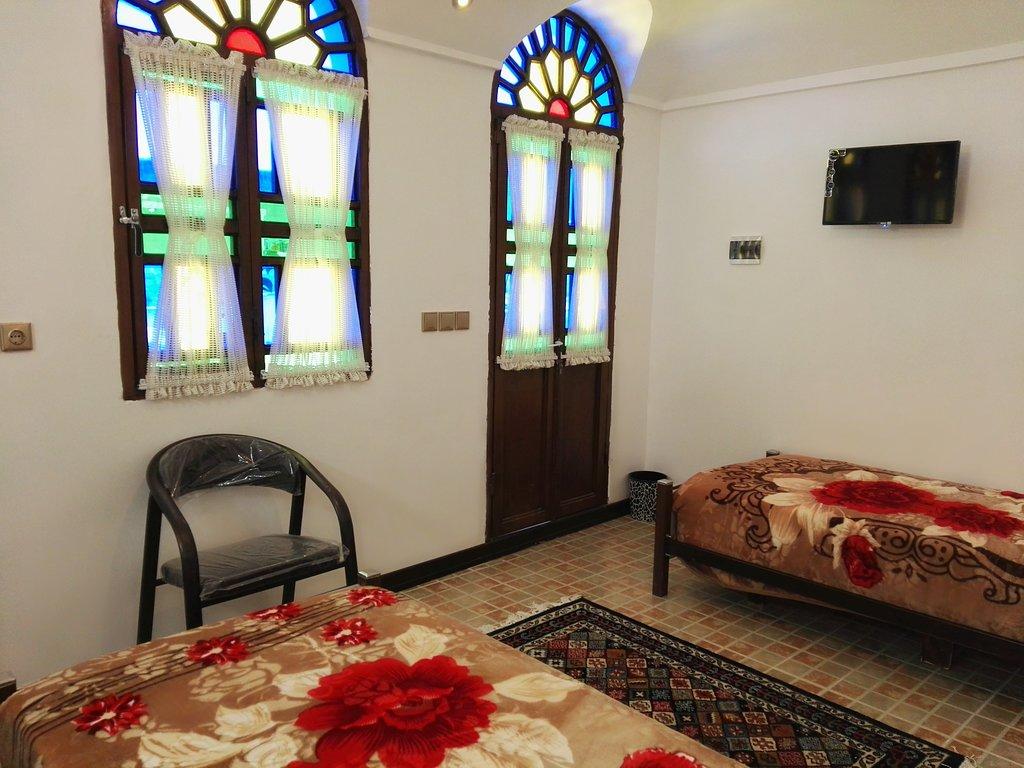 اتاق دو تخته توئین اقامتگاه سنتی آمیرزا