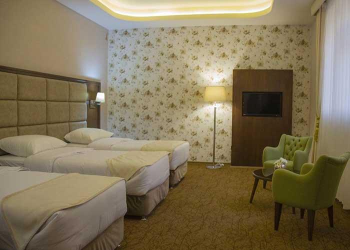 اتاق سه تخته هتل امپریال ارس جلفا
