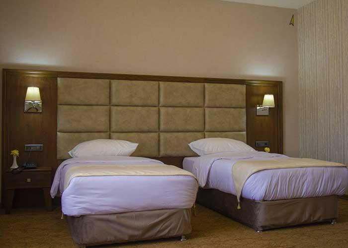 دو تخته توئنی  هتل امپریال ارس
