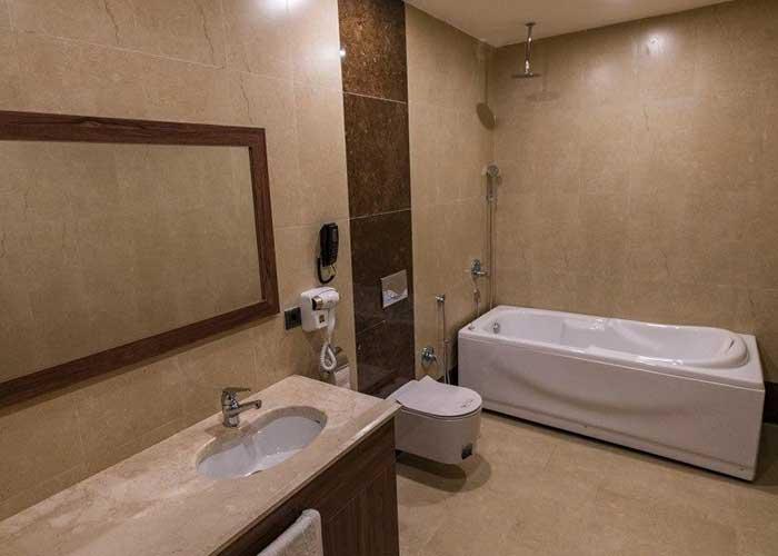 عکس سرویس بهداشتی هتل امپریال ارس جلفا