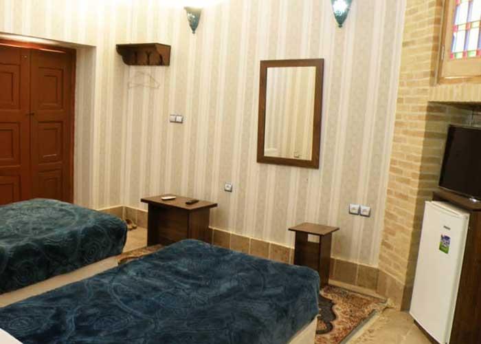 اتاق دو تخته اقامتگاه سنتی آرا یزد