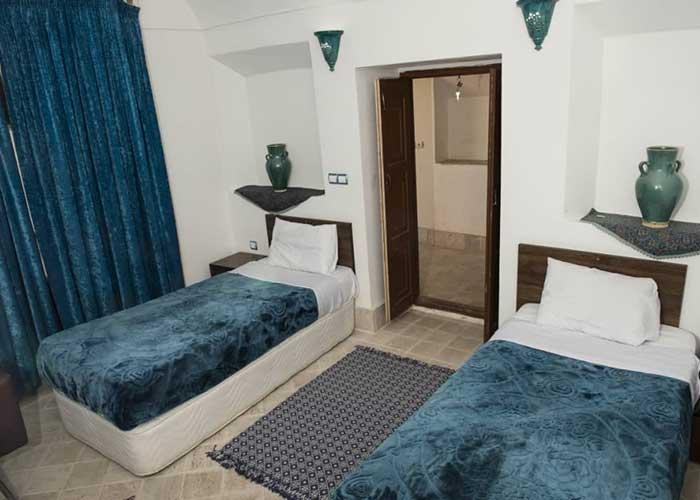 عکس اتاق دو تخته اقامتگاه سنتی آرا یزد