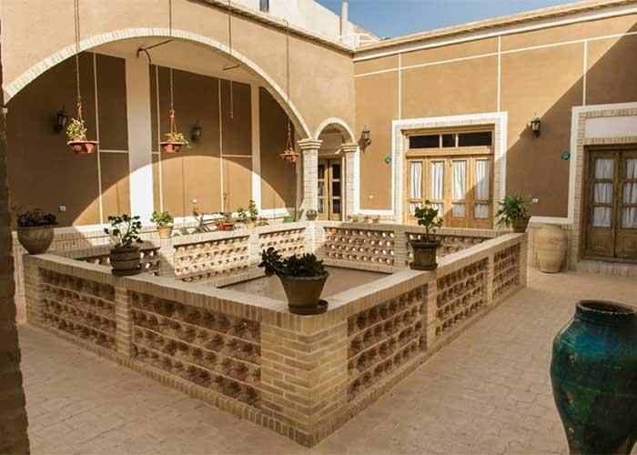 تصاویر اقامتگاه سنتی آرا یزد