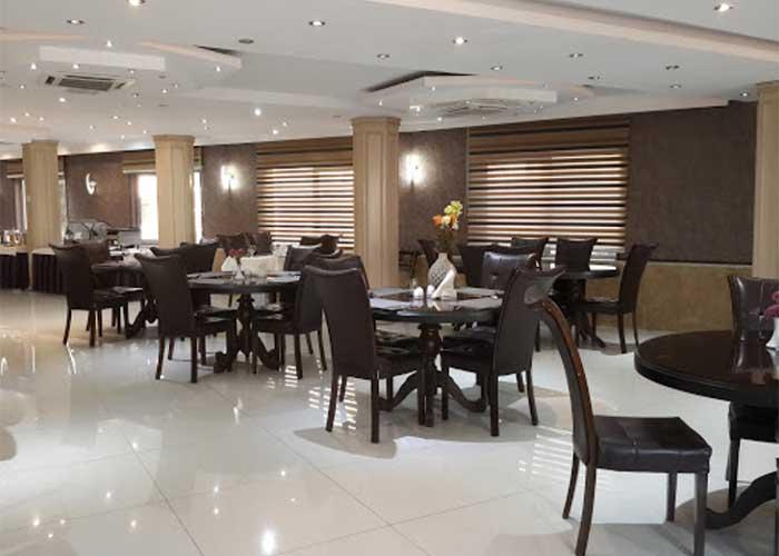 رستوران هتل آرامیس تهران