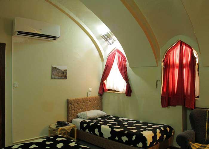 اتاق سه تخته هتل ارگ گوگد
