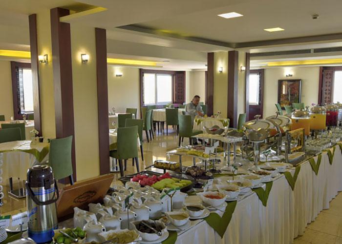 عکس سالن صبحانه هتل ارگ جدید یزد