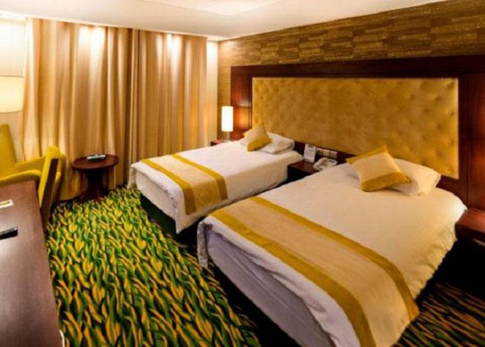 تصاویر اتاق سه تخته هتل ارگ جدید یزد