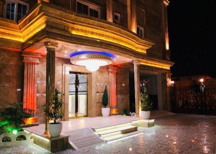 ورودی هتل آرکا بندر انزلی