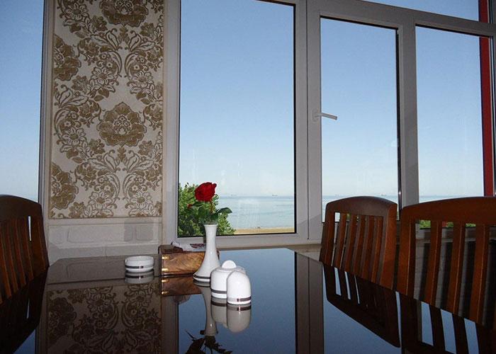 رستوران هتل آرکا بندر انزلی