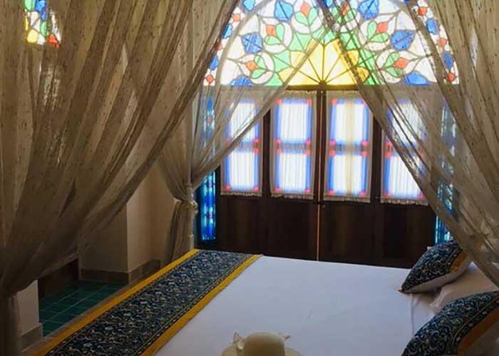 اتاق دو تخته دبل اقامتگاه سنتی آریانا کاشان