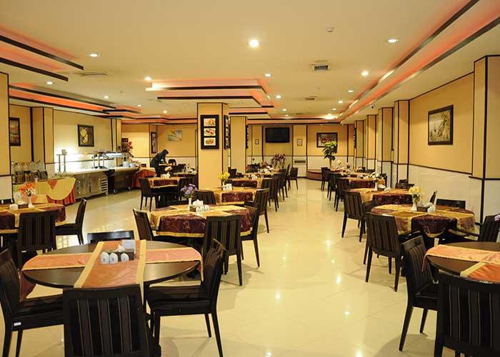 رستوران هتل آساره