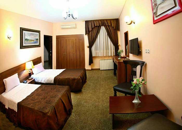دو تخته توئین هتل اطلس شیراز