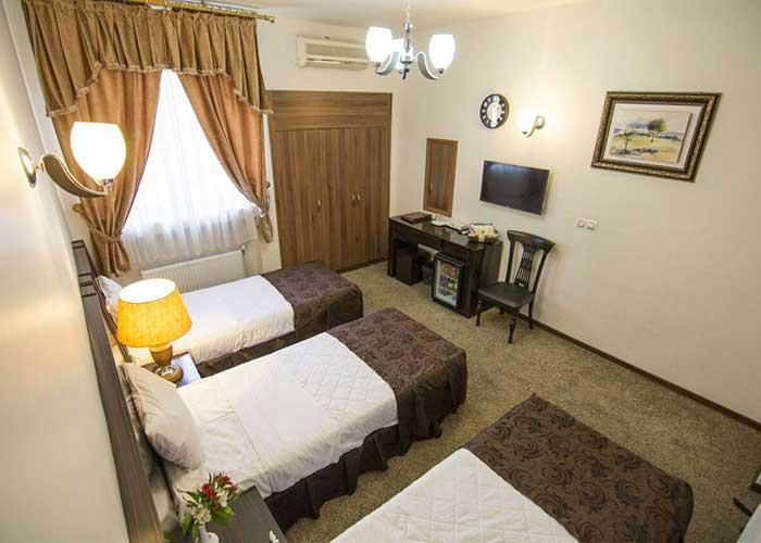 عکس اتاق سه تخته هتل اطلس شیراز