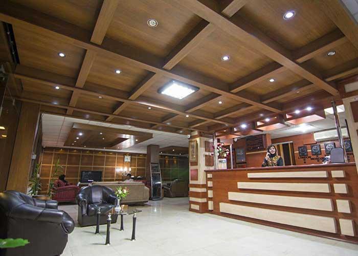 پذیرش هتل اطلس شیراز