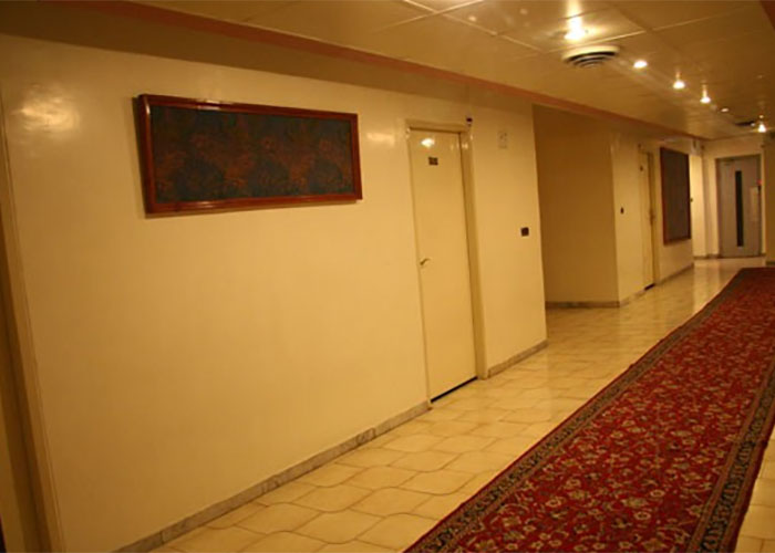 راهرو هتل اطلس تهران