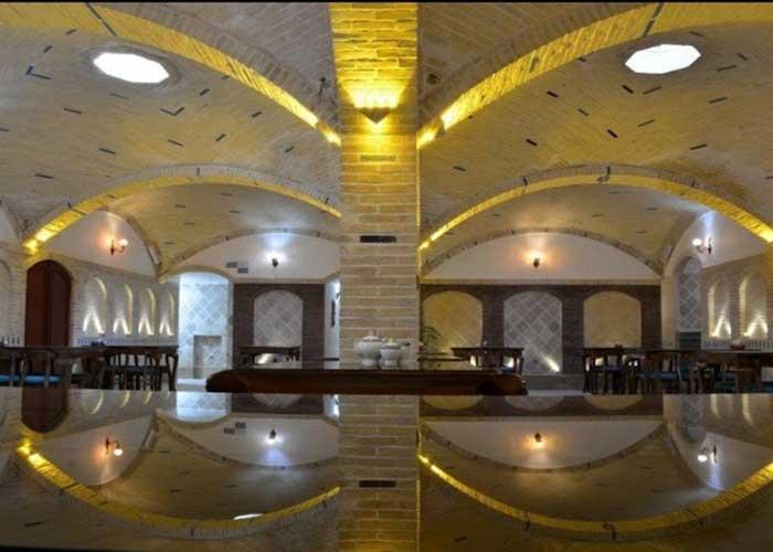رستوران هتل سنتی آواسا یزد