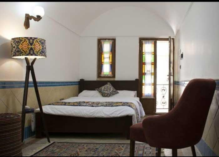 اتاق هتل سنتی آواسا یزد