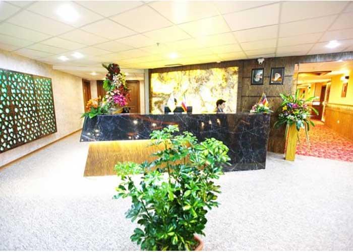پذیرش هتل آوین اصفهان
