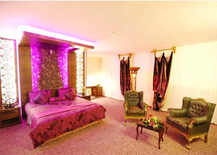 اتاق رویال هتل آوین اصفهان
