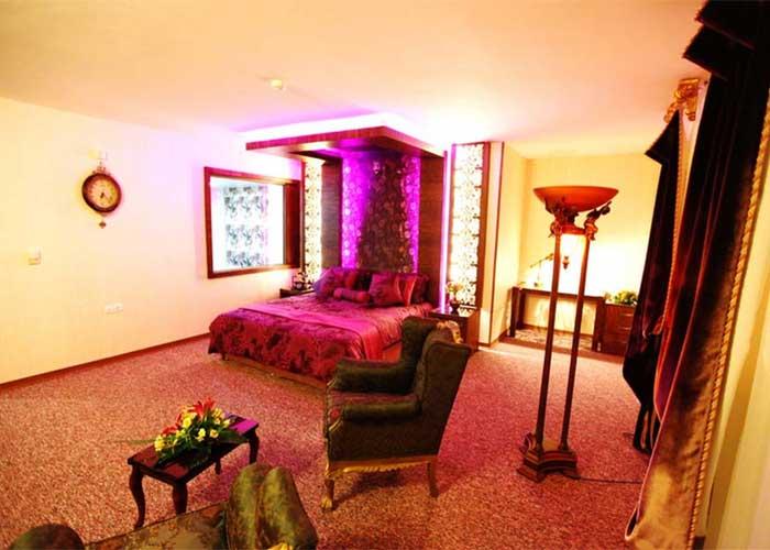 اتاق رویال هتل آوین