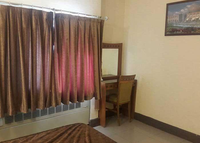 عکس اتاق دو تخته هتل آزادی اصفهان