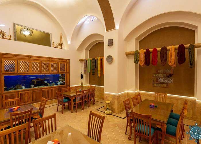 تصاویر رستوران اقامتگاه سنتی بابا افضل