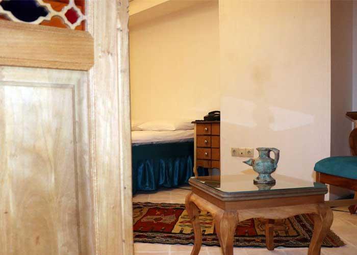 تصاویر اقامتگاه سنتی بابا افضل کاشان