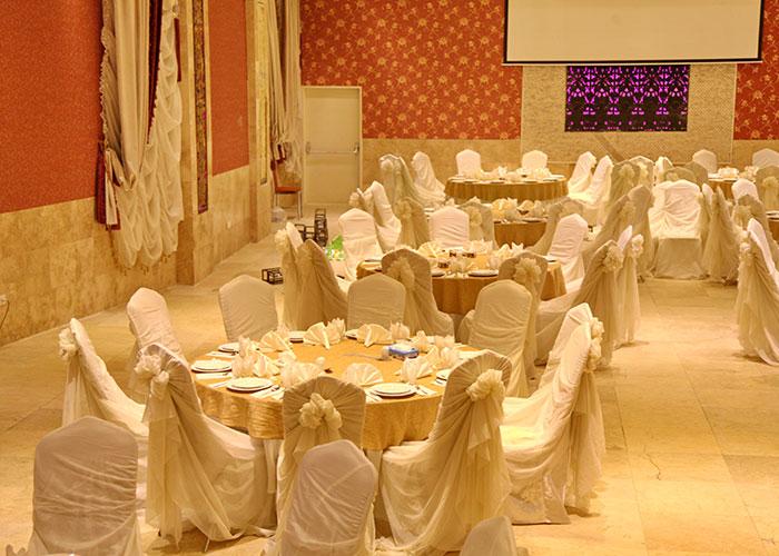 هتل بابا طاهر همدان
