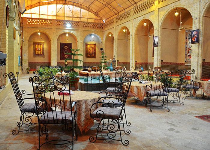 رستوران هتل سنتی باغ مرشد یزد