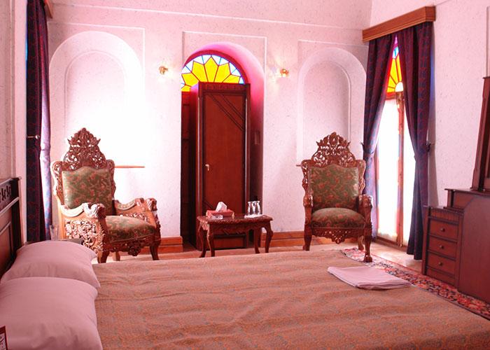 اتاق هتل سنتی باغ مرشد یزد