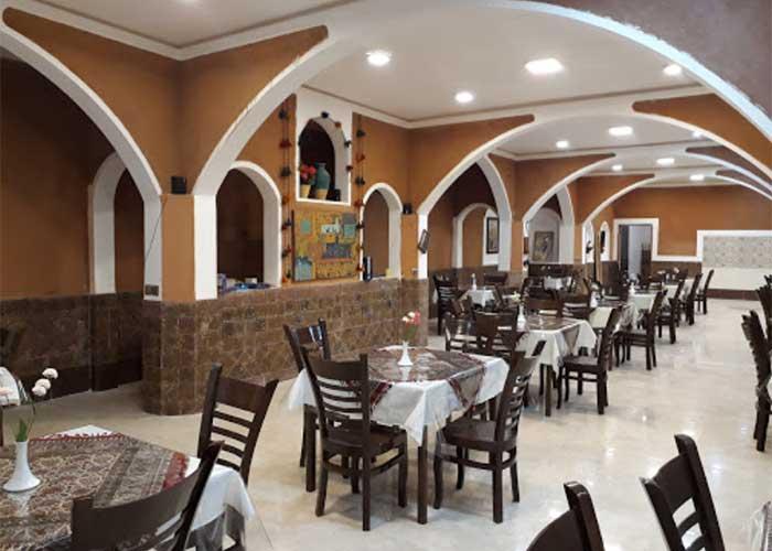 رستوران هتل کویری بالی خور و بیابانک