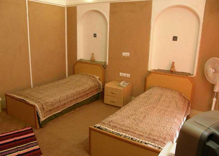 اتاق های هتل کویری بالی خور و بیابانک